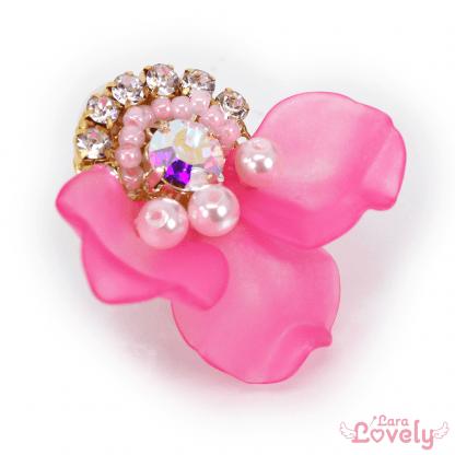 花びらビジューイヤリング ビビッドピンク