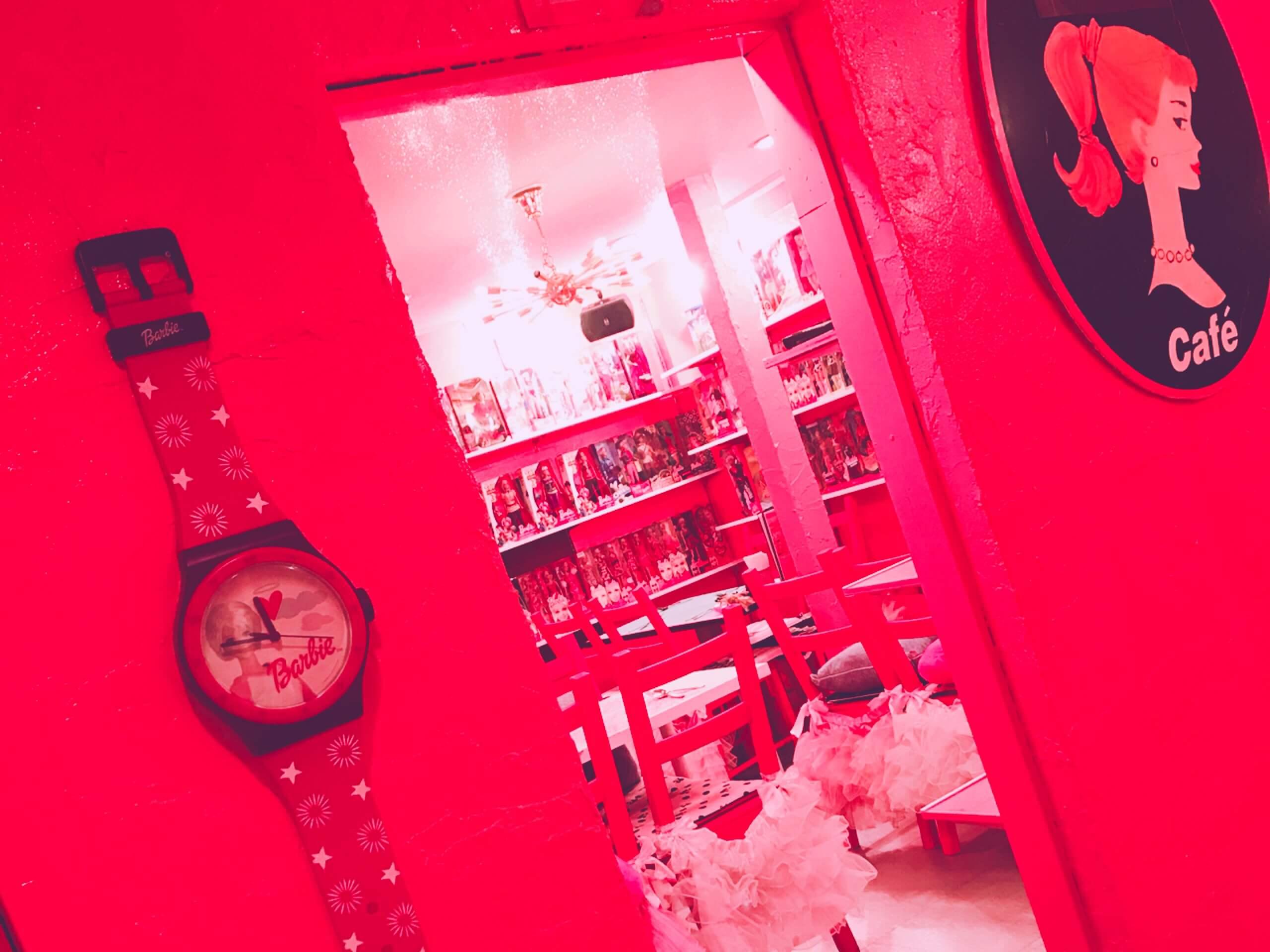 PinkHolidayCafe