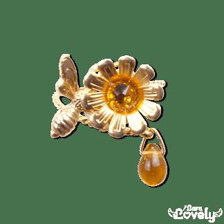 お花とみつばちのリング(ライトトパーズ)