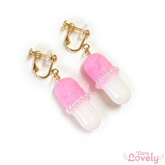 【2020AW】ふあふあフロッキーおくすりピアス/ピンク